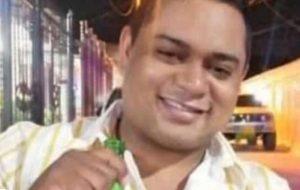 Carro embistió a patrulleros de la Policía en la entrada a Caribe Verde; un muerto y dos heridos - Noticias de Colombia